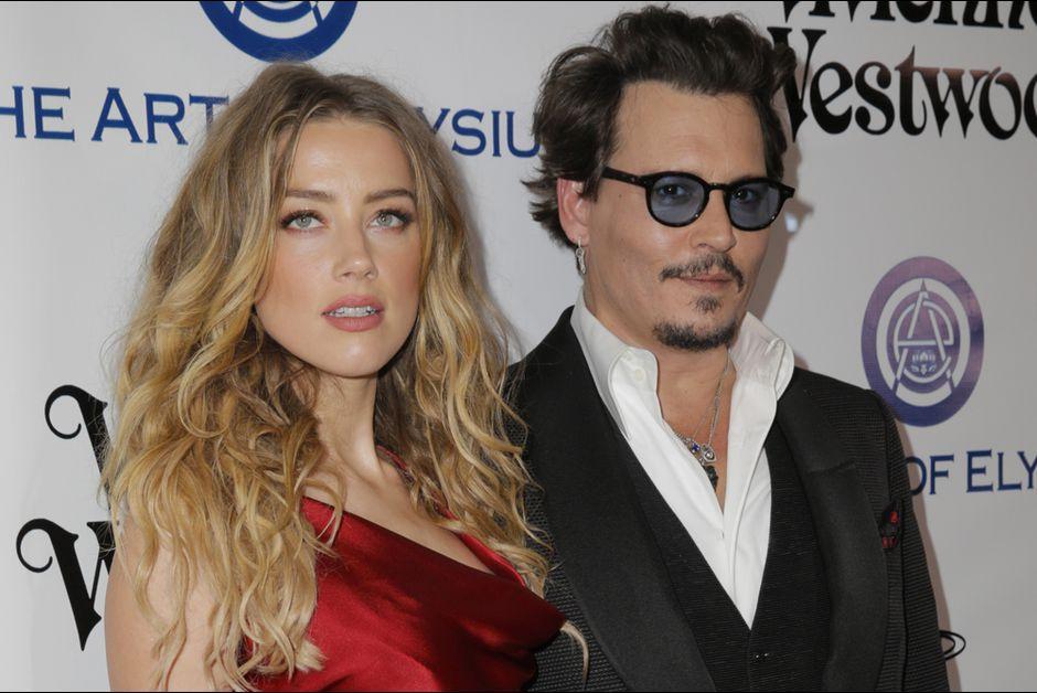 Johnny Depp e Amber Heard, raggiunto accordo sul divorzio: a lei andranno 7 milioni di dollari