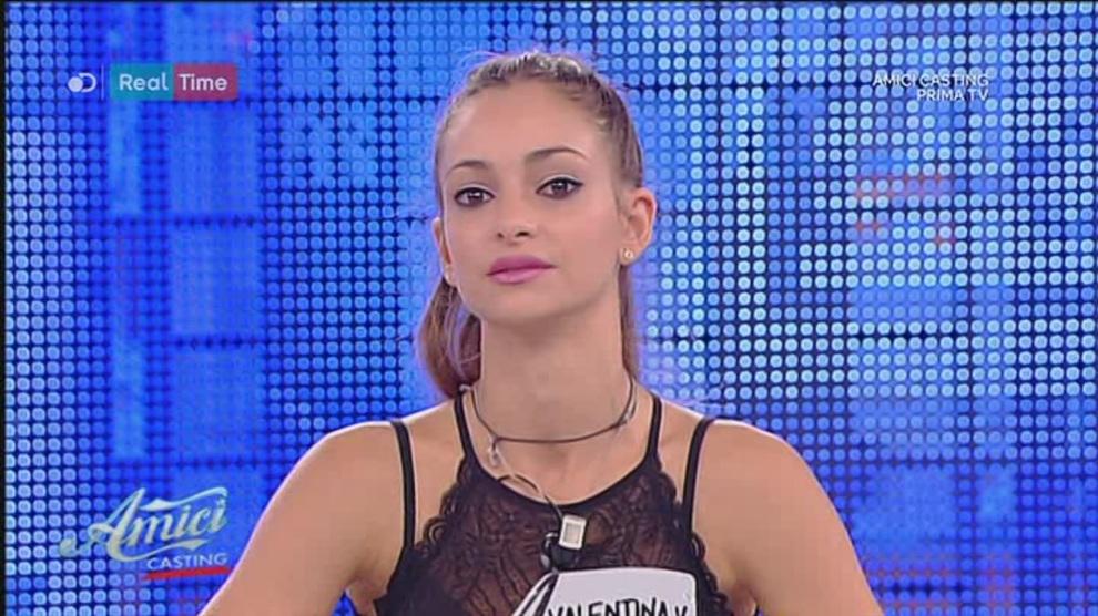 Amici-17-Valentina-Verdecchi-infortunio2_17175434